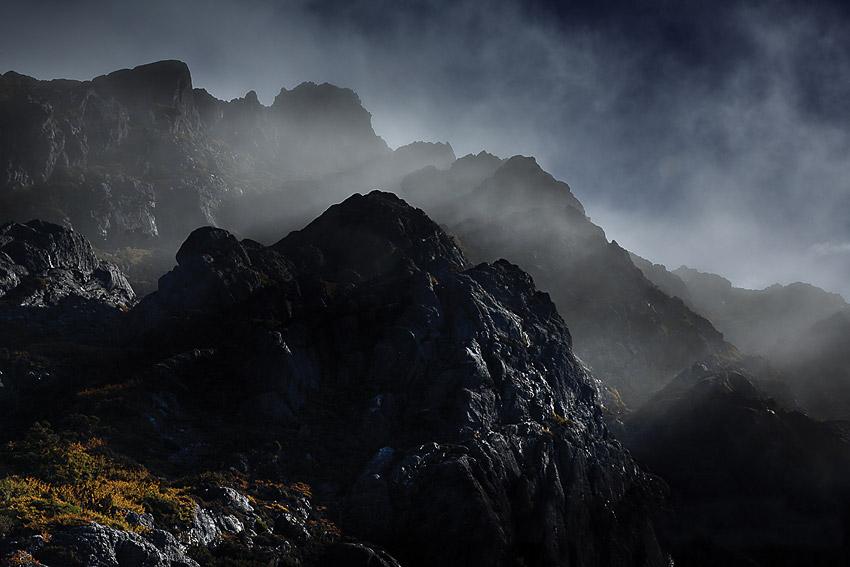 Morning mist, Mount Murchison