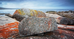 BOULDERS AT BINALONG BAY